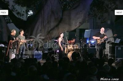Bordighera Alta: trecento persone hanno assistito al concerto degli Agricantus